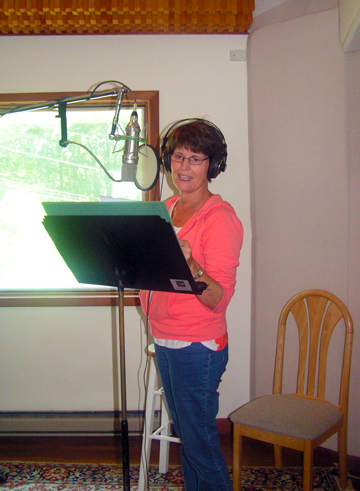 Lucille Ball's Daughter Lucie Arnaz at Studio Unicorn